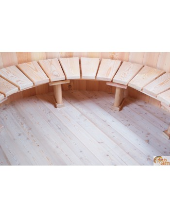 Tub of larch wood